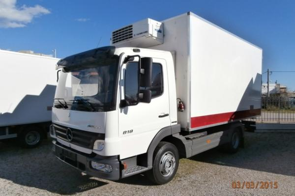 Mercedes 818 atego fridge